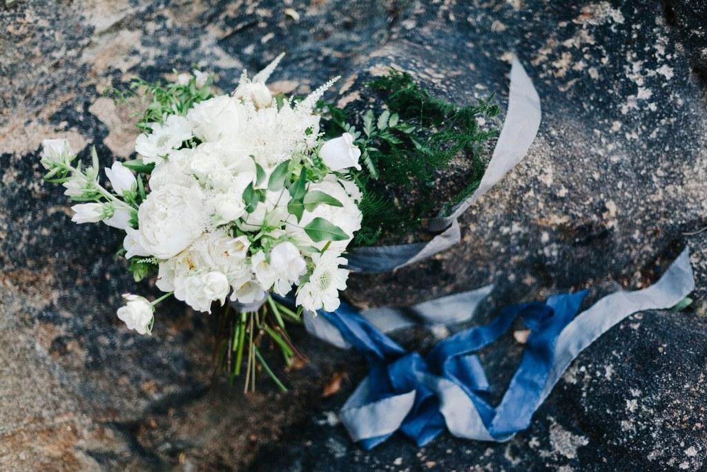 elegant and romantic white bride's bouquet