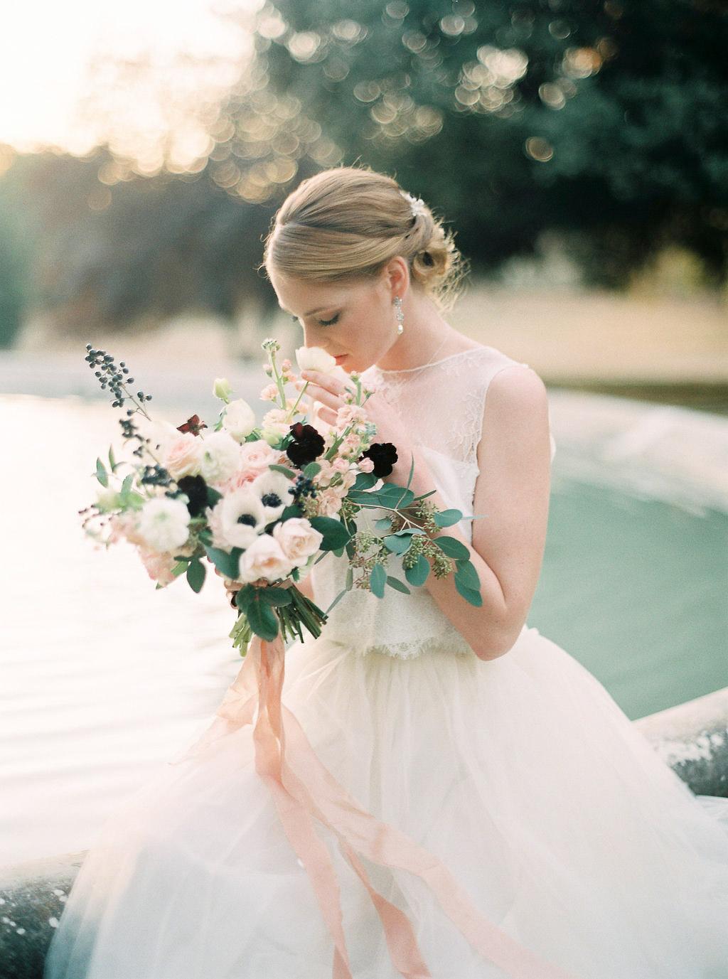 organic bride bouquet