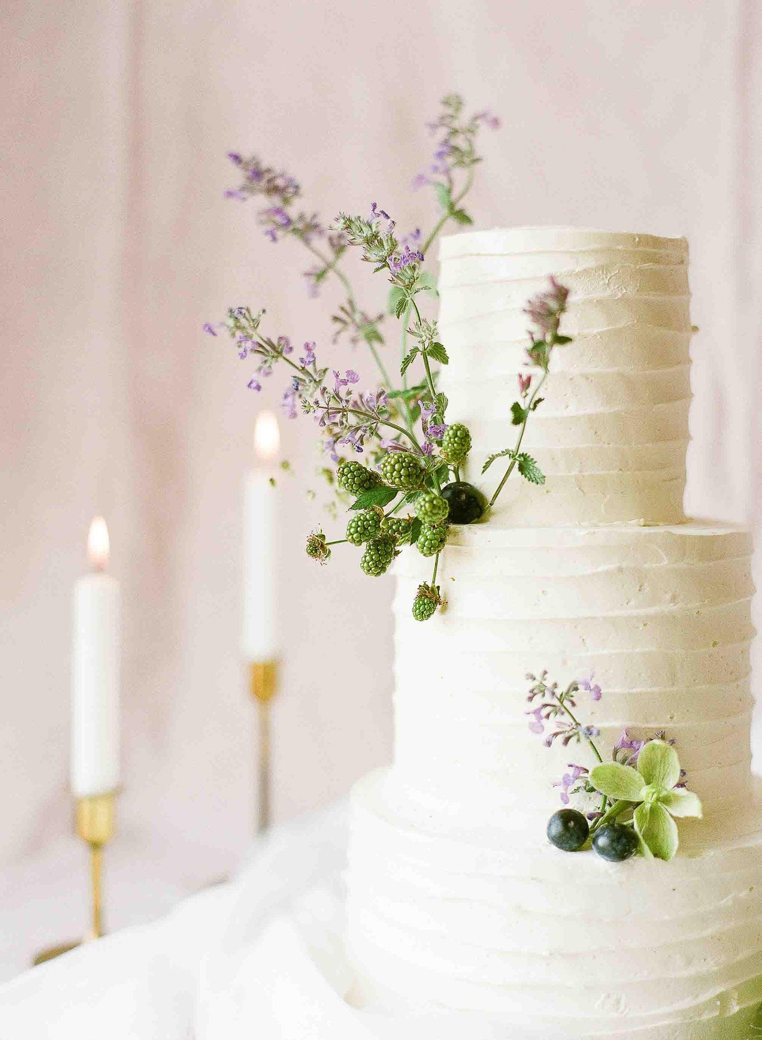 lavender floral cake design