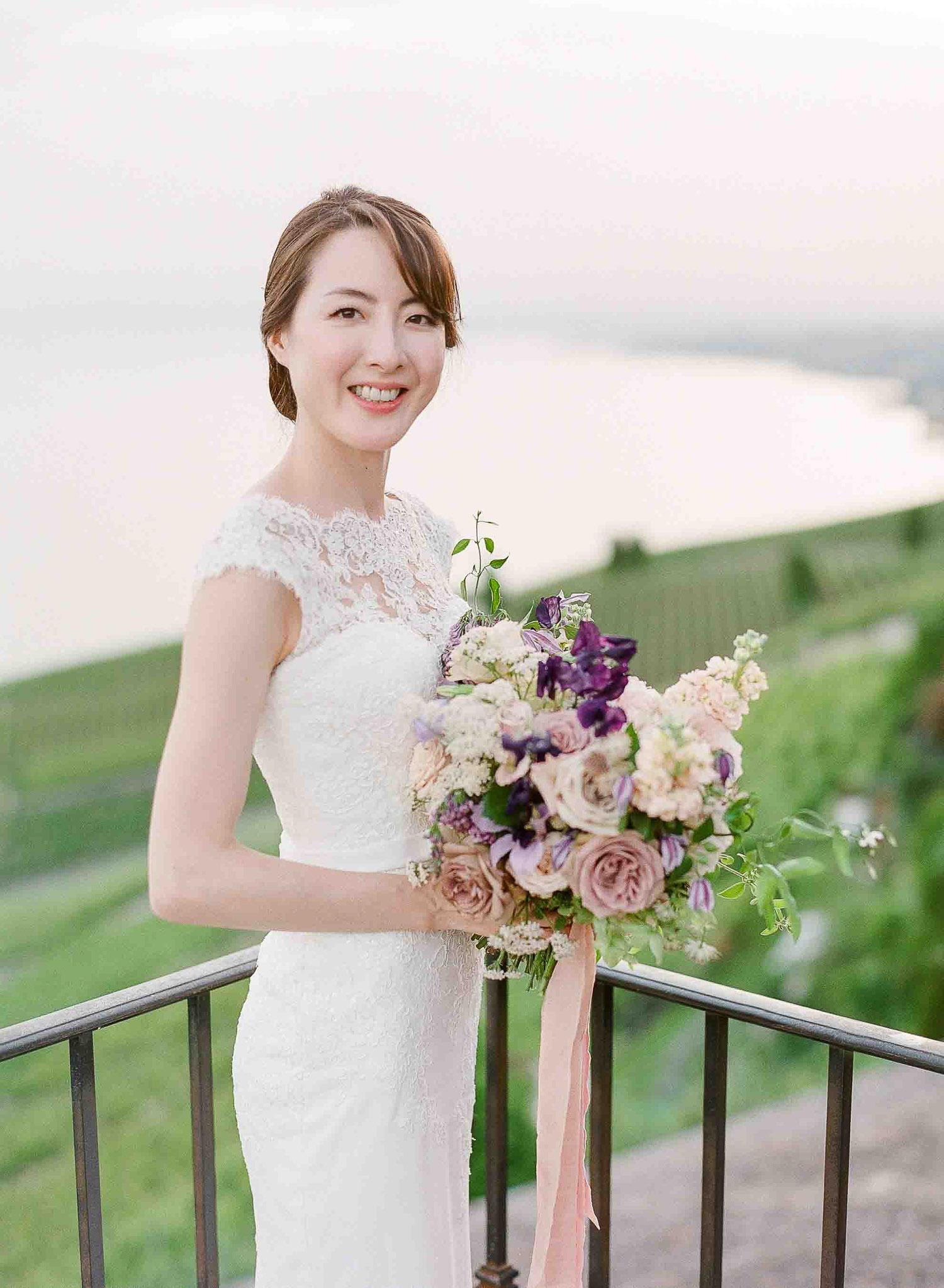 blush, lavender, bridal bouquet, leman lake wedding