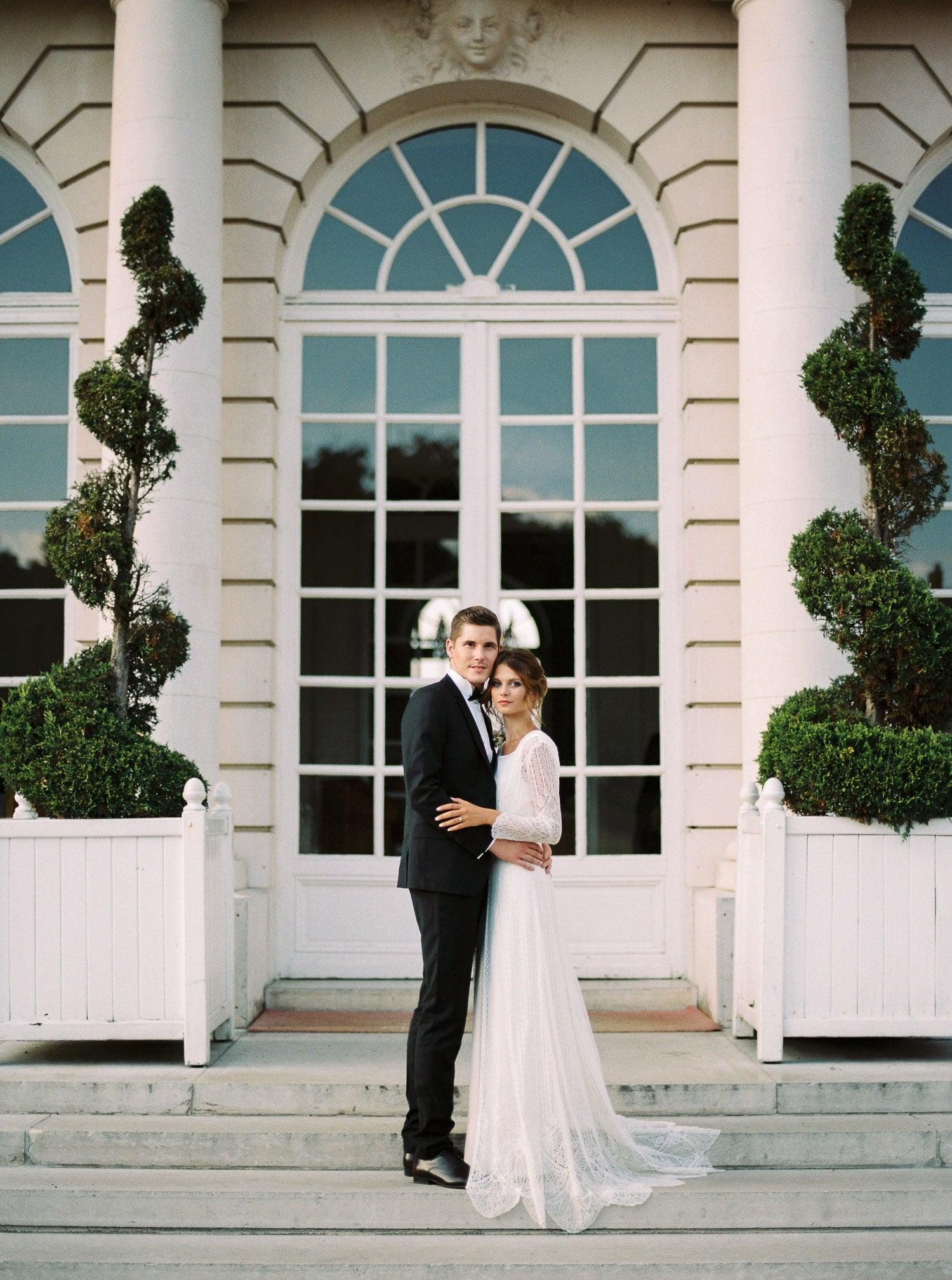 Luxury black tie wedding in chateau dartigny Loire Valley – Veronique Lorre destination wedding designer-92