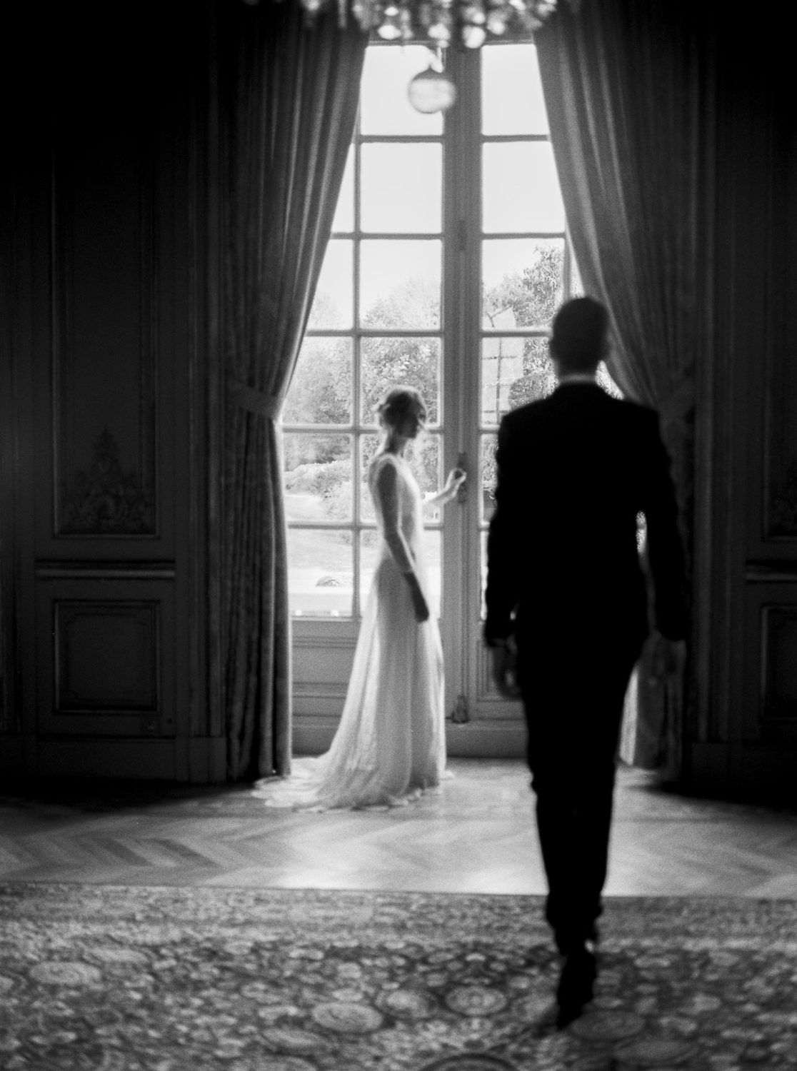 luxury black tie wedding, Loire Valley, chateau d'artigny wedding