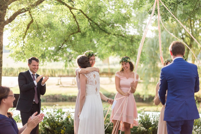 outdoor ceremony, floral backdrop, wedding ceremony, romantic natural wedding, floral designer, wedding designer, destination wedding France